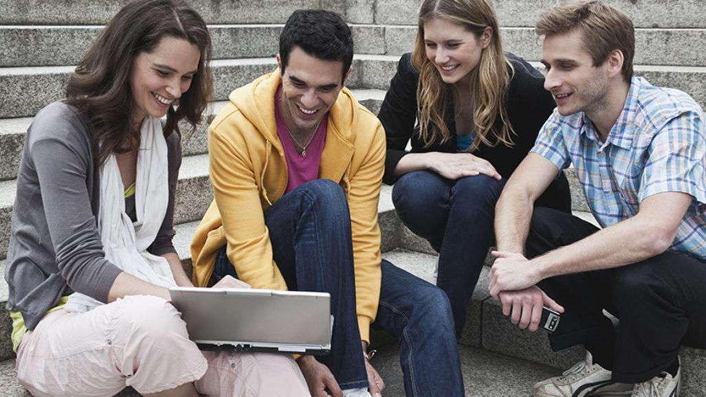 Ciclo de conferencias: Los chicos con las pantallas